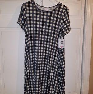 LuLaRoe Small Carly Dress Black White Plaid NWT